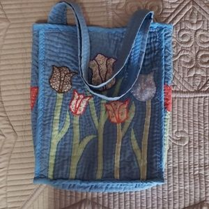 Vintage quilted tulip shoulder tote